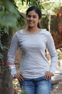 Tamil Actress Chandini Tamilarasan Latest Pos in Ripped Jeansat Ennodu Vilayadu Press Meet  0029.jpg