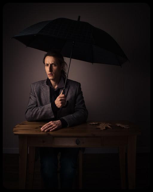 Fotografia odklejona. Osobisty blog fotograficzny. Fotografia koncepcyjna. Autoportret jesienny. fot. Łukasz Cyrus, Ruda Śląska