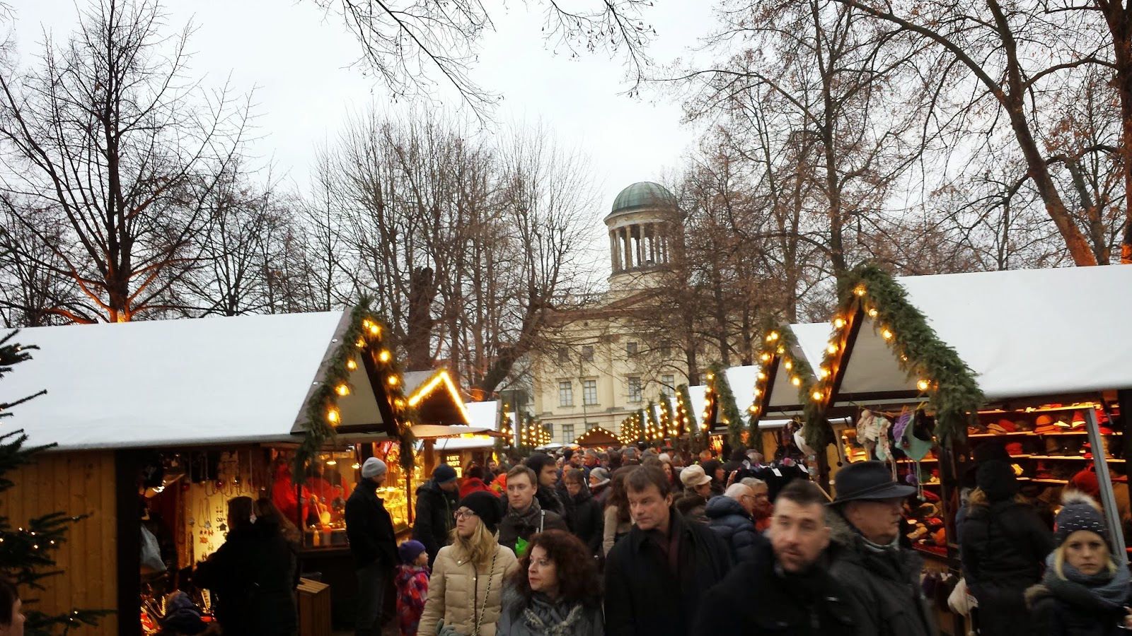 Travel Berlin Christmas Markets Fizzy Peaches