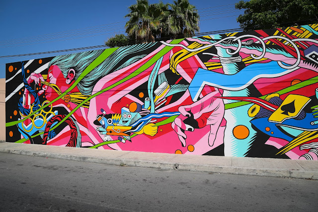 While you discovered some progress images a few days ago, Bicicleta Sem Freio have now completed their latest mural on the streets of Cozumel, Mexico.