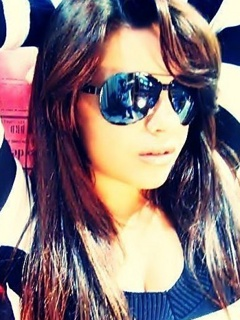 Cool Stylish and Beautiful Girls Facebook Dps