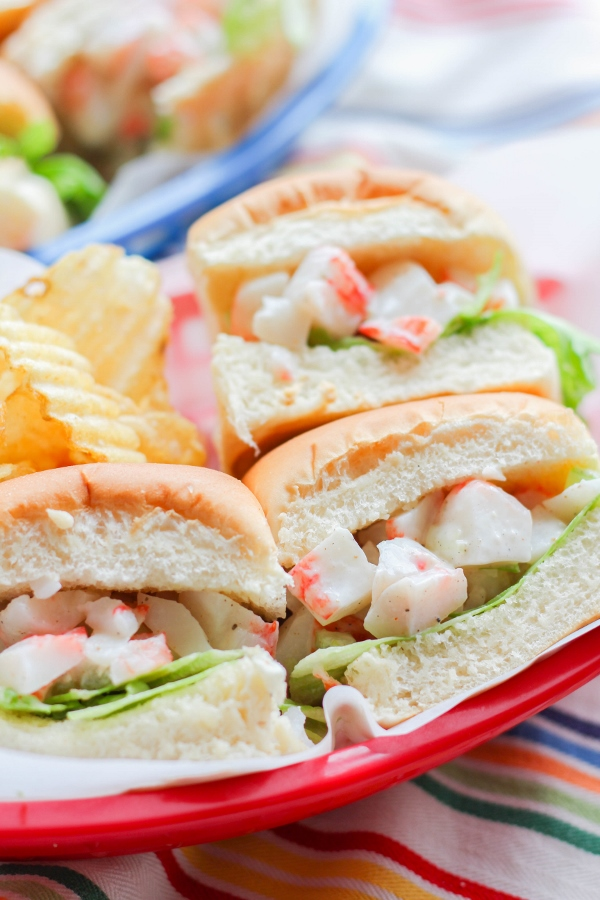 A healthier take on a traditional lobster roll, these Mini Crab Rolls are made with a creamy yogurt sauce and are perfect as an appetizer or light lunch!