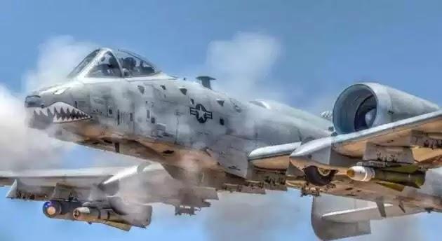 A-10 Thunderbolt: Το αεροσκάφος που σπέρνει τον όλεθρο και ίσως θα έπρεπε να κοιτά η Ελλάδα (βίντεο)