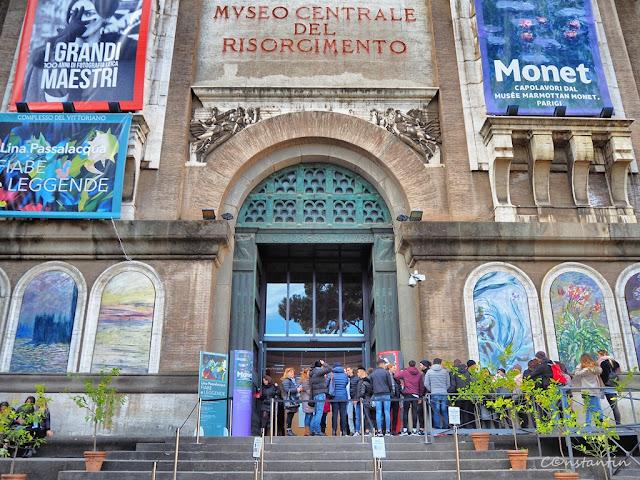 O expoziţie de fotografie la concurenţã cu o expoziţie Claude Monet