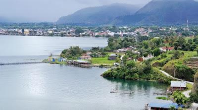 Salah satu danau yang ada di sumatra
