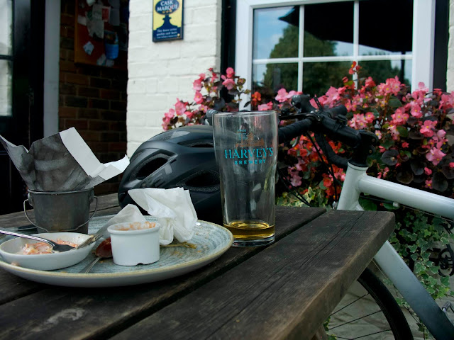 harvey's beer wild hop blonde cycling bricklayers arms chipstead empty plate glass