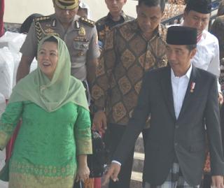 Presiden Joko Widodo Akan Pertimbangkan Menteri Khusus Pondok Pesantren