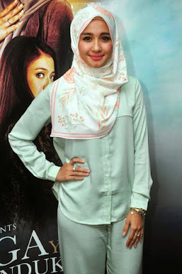 Artis cantik Hijab laudya cynthia bella webstagram