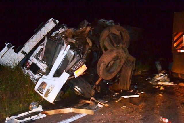 ois motoristas morrem em acidentes na BR-364 em Vilhena