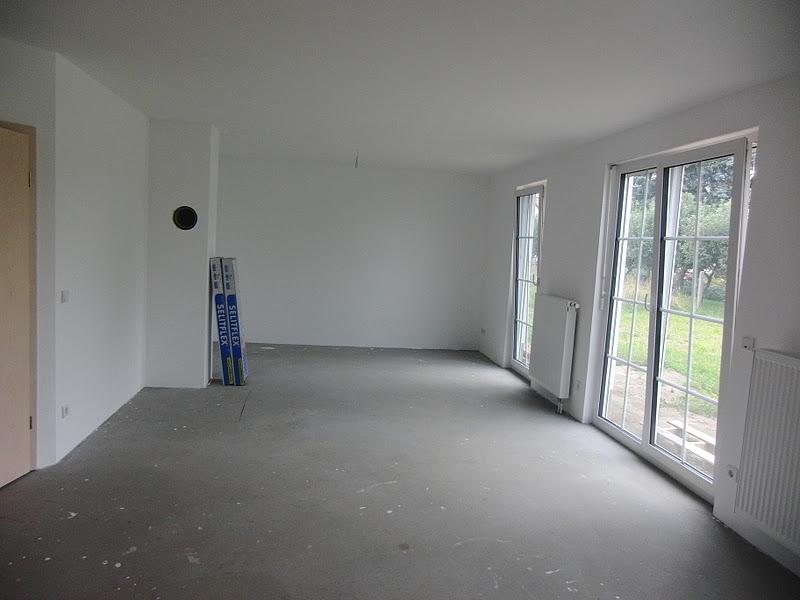 bring mich nach hause laminat verlegen wohnzimmer. Black Bedroom Furniture Sets. Home Design Ideas