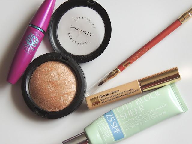 Make-up. Mac. Clinique. Estee Lauder