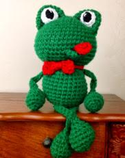 http://translate.google.es/translate?hl=es&sl=en&tl=es&u=http%3A%2F%2Fwww.crochetguru.com%2Fcrochet-frog-pattern.html