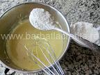Prajitura cu portocale preparare reteta crema - adaugam faina