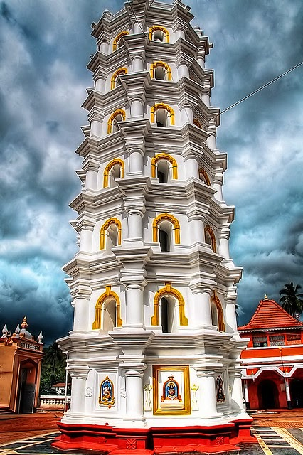 10 Best Backpacking Destinations in India | Shree Mangeshi Temple in Goa