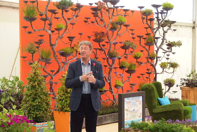 Alan Titchmarsh giving lawn care advice at Malvern Spring Show