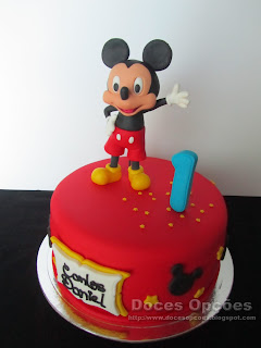 mickey disney cake