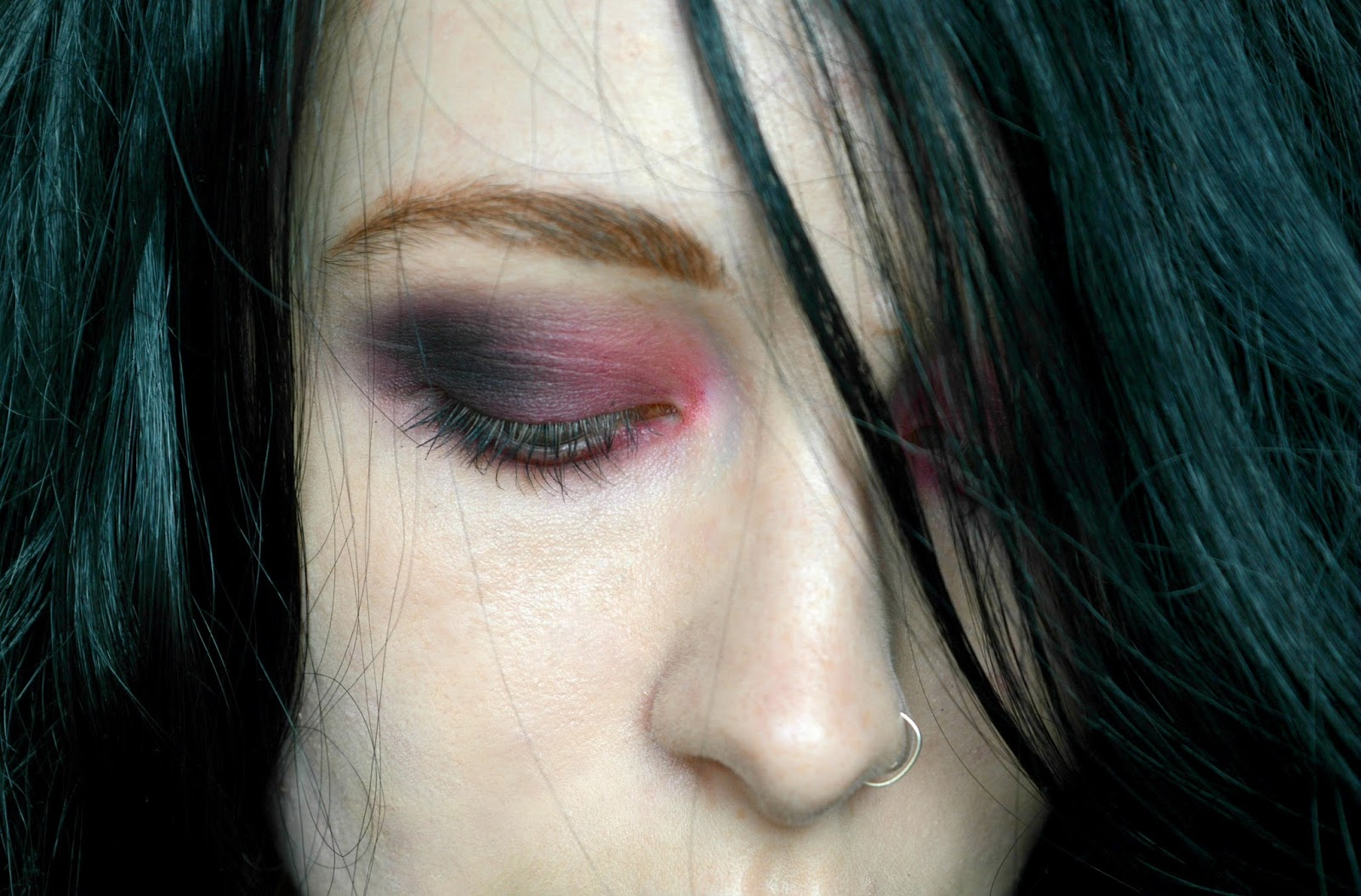 vampire halloween smoky eye