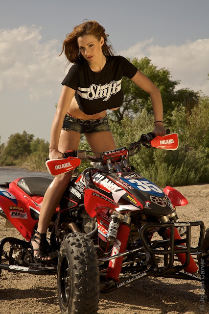 Jordan-Carver-ATV-famous-hot-sexy-photo-shoot-image-6