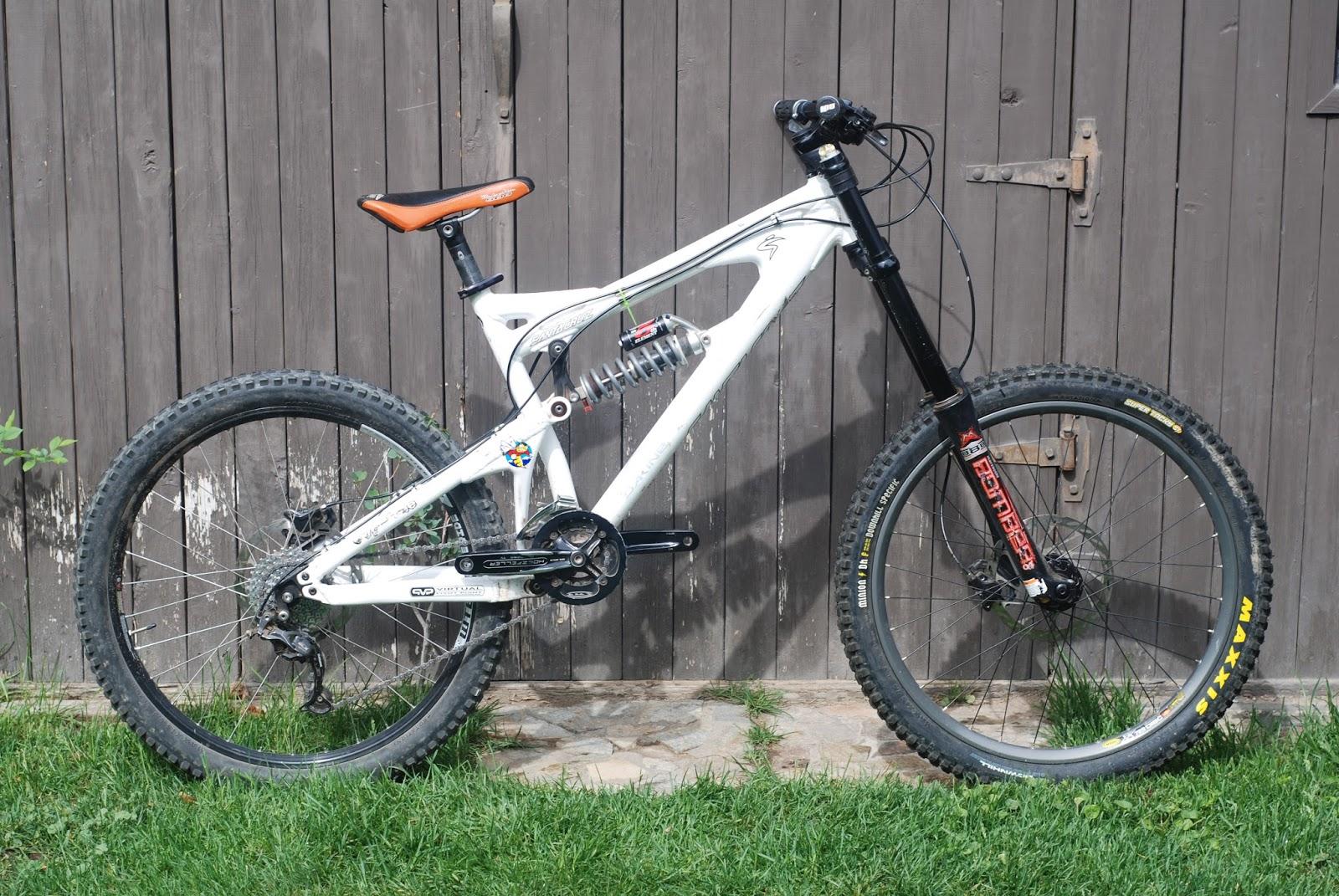 ANEX BICYCLES: Santa Cruz VP Free