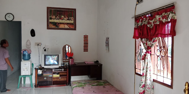 Ruang Tamu Rumah Murah Dijual Di Jl Flamboyan 8 Dekat Pajak Melati Medan Sumatera Utara