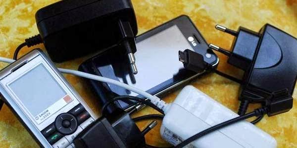 Tips Perawatan dan Penggunaan Charger Ponsel