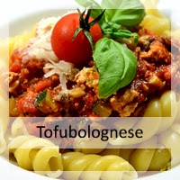 http://christinamachtwas.blogspot.de/2014/09/christinas-rauchertofu-bolognese-vegan.html