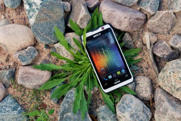 Smartphone Nautiz X1