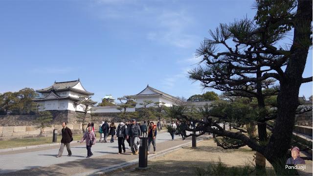 Pengunjung Osaka Castle