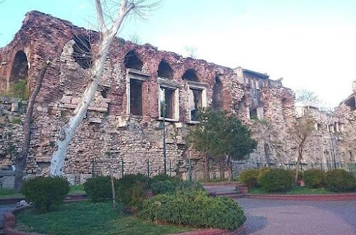 Bukoleon Sarayı