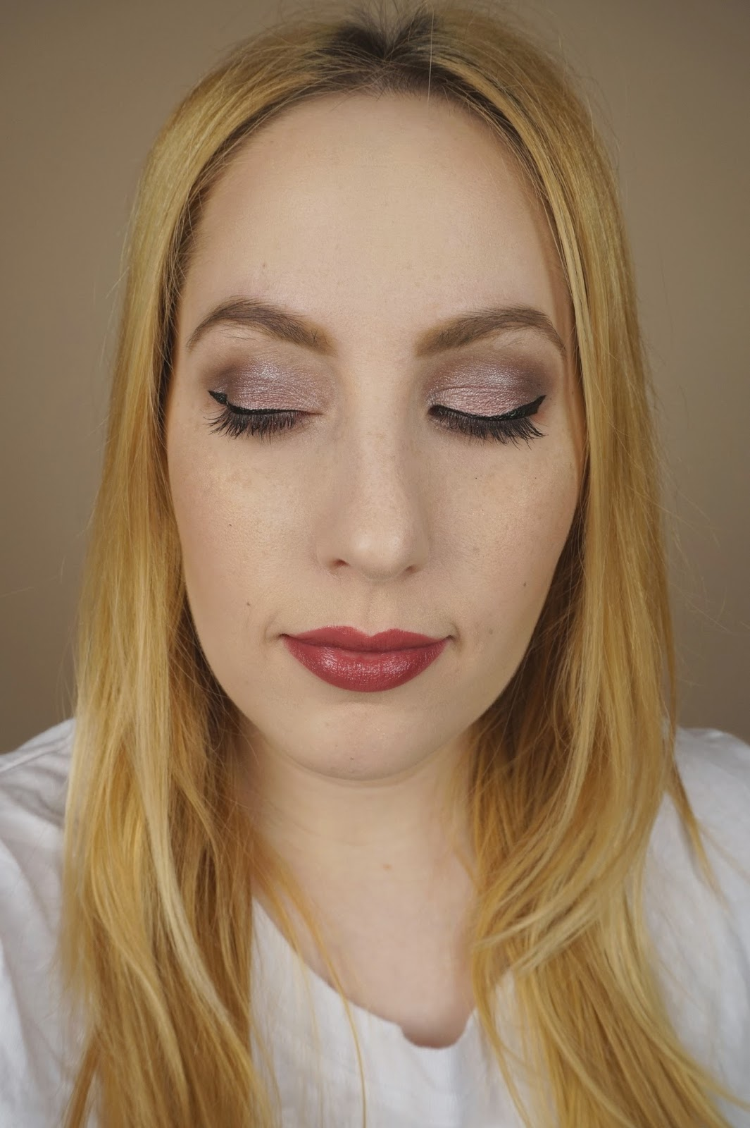 Face of the Day – Staff Meeting Makeup