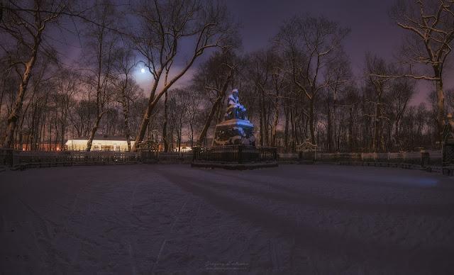 Панорама. Летний сад ночью. Санкт-Петербург. Скульптура