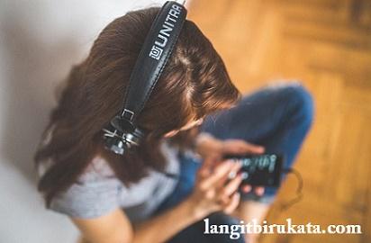 Cara Belajar Bahasa Inggris Lewat Lagu