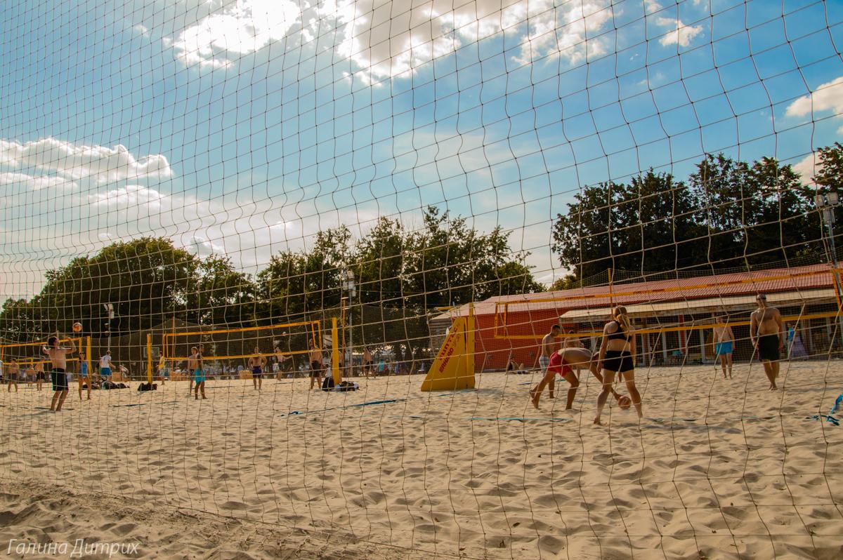 Парк Горького пляжный Волейбол фото