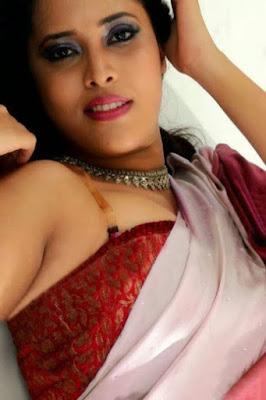 Anasuya Unseen Hot Stills In Saree Showing Sexy Boobsnavelhipsarmpits And Back
