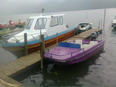Naik Speed boat keliling Danau Beratan Bedugul