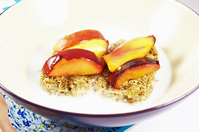 Weetabix Protein Big Biscuit with Nectarine