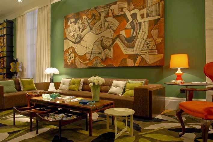 Decoraci n de salas en verde y marr n colores en casa for Sala de estar marron