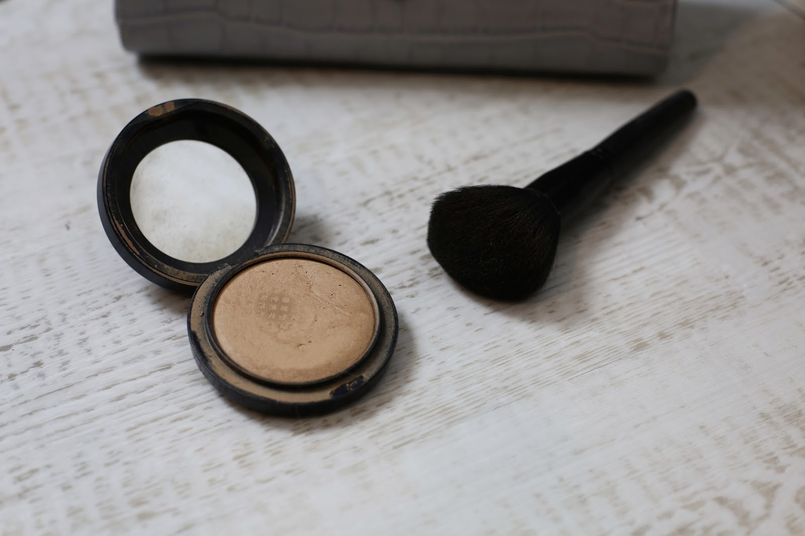 mac mineralise powder