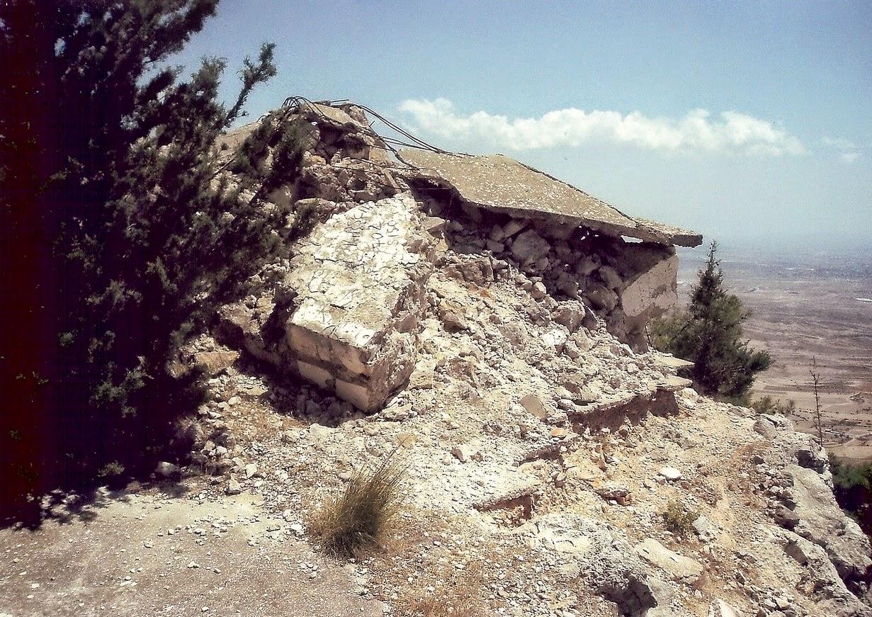 Το ξωκλήσι του Προφήτη Ηλία,   που ανήκει στην Εκκλησία του χωριού Κάρμι   της Επαρχίας Κερύνειας και το οποίο   βρίσκεται σε κορφή ΝΔ του χωριού