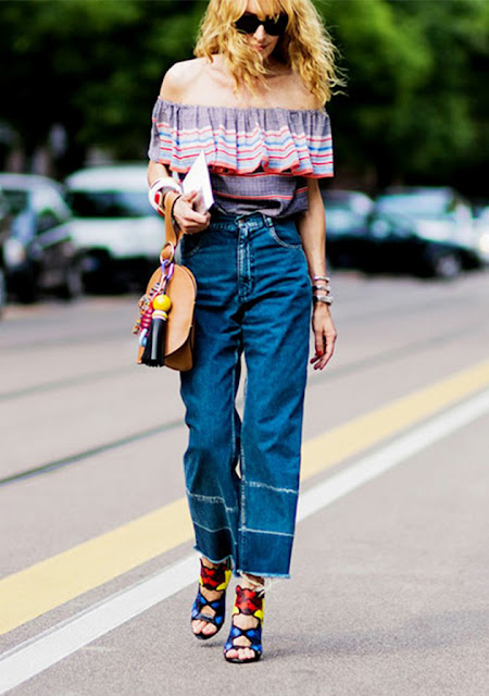 off the shoulder trend, cold shoulders, off the shoulder silhouette, off the shoulder top, off the shoulder bohemian, off the shoulder ruffled top, off the shoulder dress, off the shoulder knit, biggest spring trend 2016, street style, cropped jeans