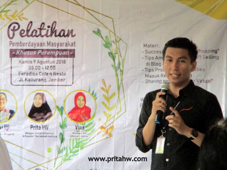 Inspirasi Bisnis dari Alfamart, Mayar Shopping, dan The Jannah Institute untuk Perempuan Jember