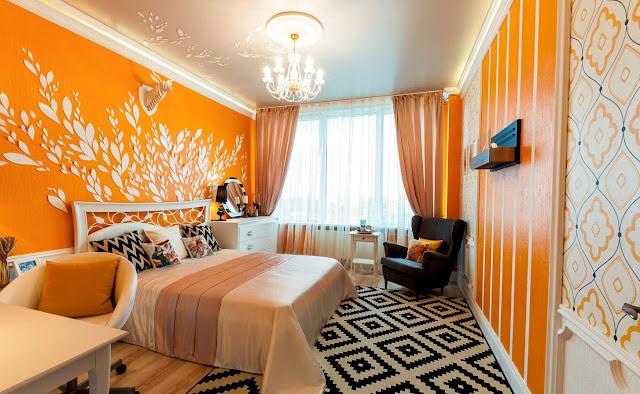 ораньжевый в квартире