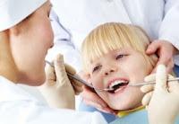 mengunjungi gigi behel