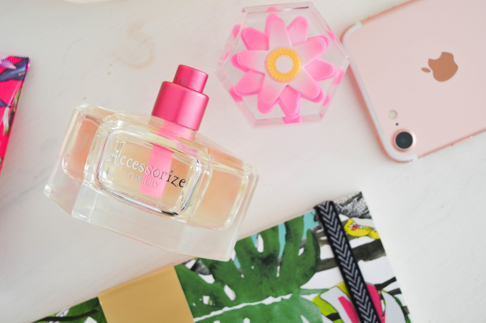 Accessorize Lovelily Perfume, Accessorize perfume, should I wear perfume to a job interview, beauty blog
