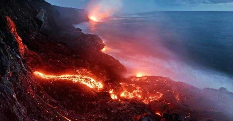 Kilauea yanardağı eğer çökerse bu çökmenin etkisi devasa bir tsunami oluşturabilir.