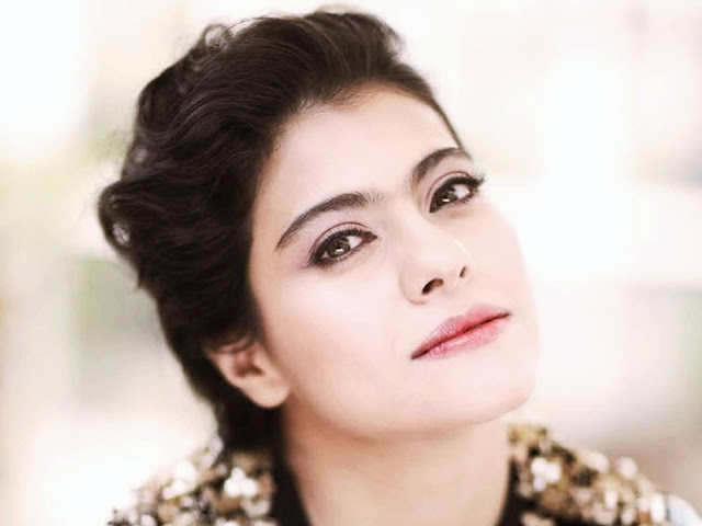Beautiful Wallpaper of Kajol Devgan