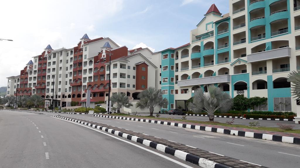 Hotel Review : Marina Island Pangkor Resort & Hotel