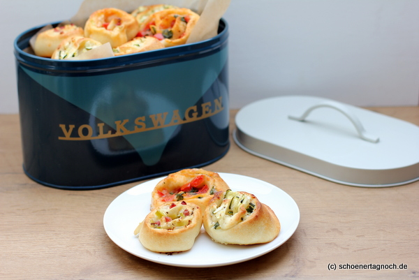 3 quick pizza scrolls - Foodbloggers for Volkswagen
