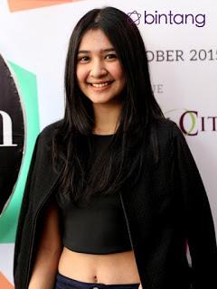 Mikha Tambayong sebagai pemeran Kesha