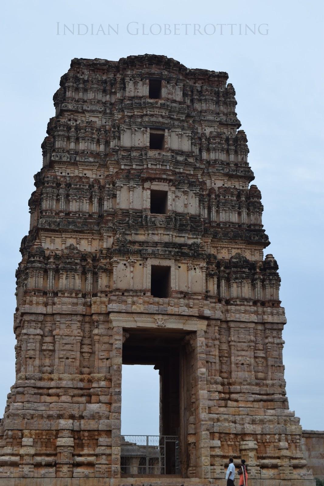 Gopura of madhavaraya temple in gandikotta